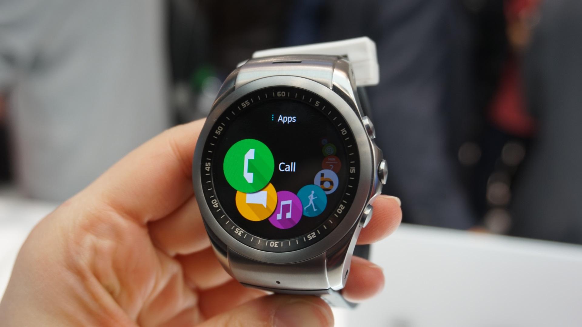 LG's new Urbane LTE smartwatch 2019